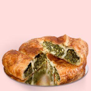 Plăcintă dobrogeană cu spanac și brânză – medie