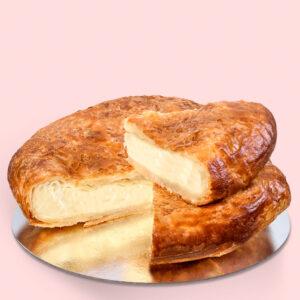 Plăcintă dobrogeană cu brânză sărată – mică